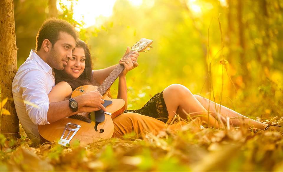 Romantic-Pair